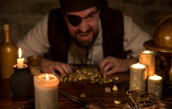 pirates-plunder-2